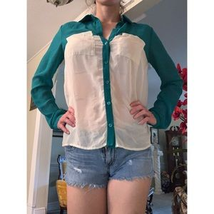 Green and white long sleeve top
